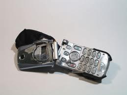 Взял телефон в кредит и он сломался